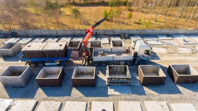 Nakládka betónových žúmp k doprave
