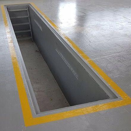 Montazna jama pre autoservisov